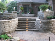 landscaping-blocks-ideas-for-retaining-walls-with-steps